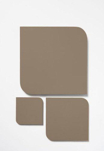 As cores de 2021 eleitas pelas Tintas Coral, Sherwin-Williams, Eucatex e Suvinil. PEDRA ESCULPIDA cor da Coral uma bege escuro
