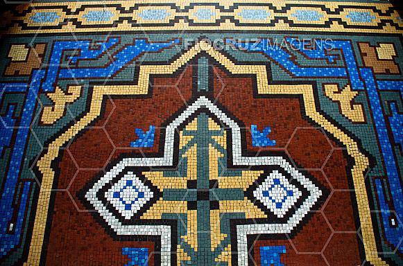 Piso da fundação Oswaldo Cruz em mosaico