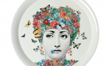 Um rosto de mulher
