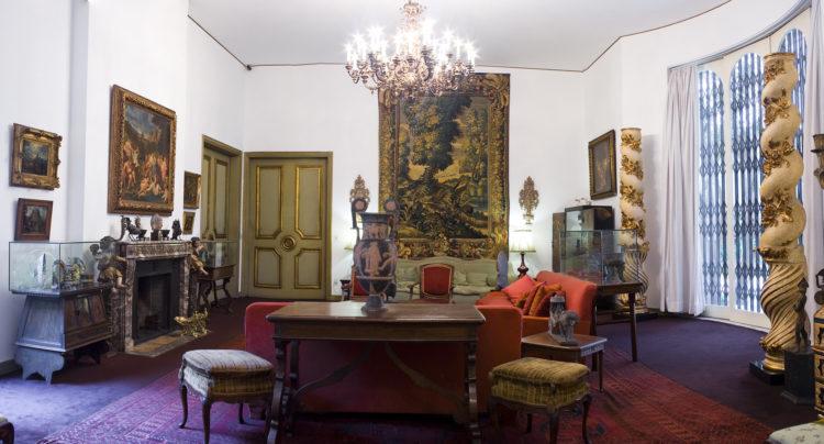 Casa Museu Ema Klabin,Salão principal, onde estão os objetos mais valiosos da coleção, decorado nos anos 1950 pelo célebre Lotteringhi Della Stufa.