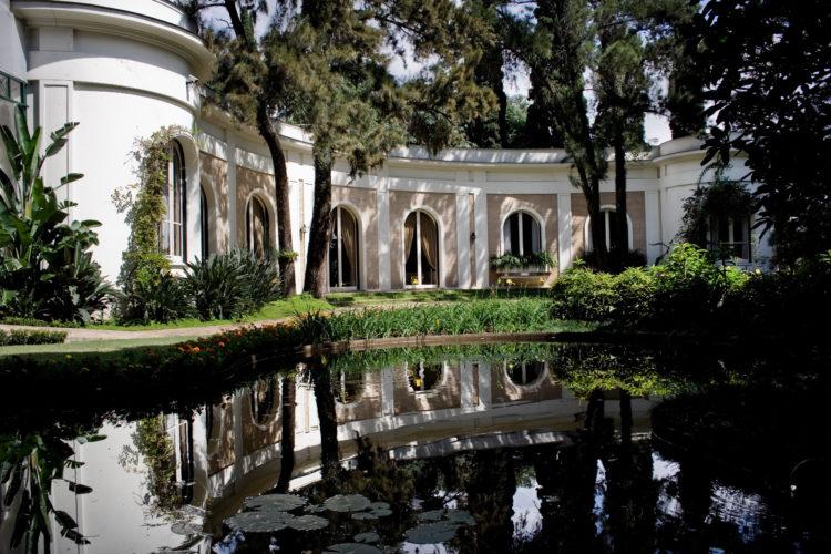 Casa Museu Ema Klabin é inspirada no Palácio de Sanssouci (Potsdam, Alemanha) e projetada por Alfredo Ernesto Becker em meados dos anos 1950. Foto: divulgação.