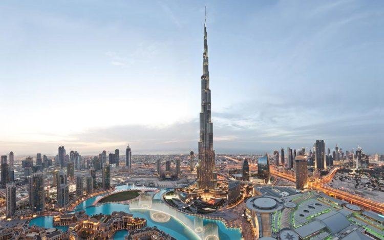 O Burj Khalifa, em Dubai, o maior de todos.