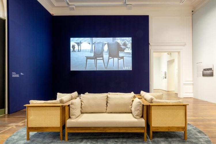 Sala na exposição sobre Bernardo Figueiredo, arquiteto brasileiro, no Museu da Casa Brasileira.
