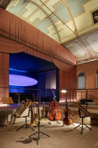 O auditório do Colégio Arnaldo, inaugurado em 1912 abriga o restaurante de mostra Modernos Eternos em BH